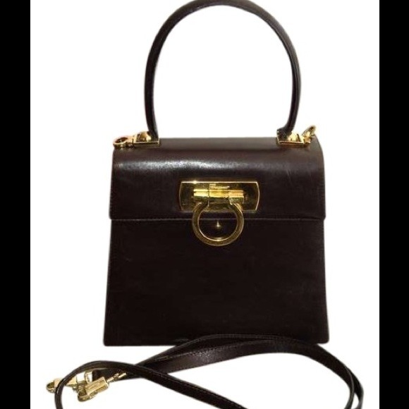 b08090cae2 Ferragamo Handbags - Salvatore Ferragamo Brown Box Kelly Omega Purse