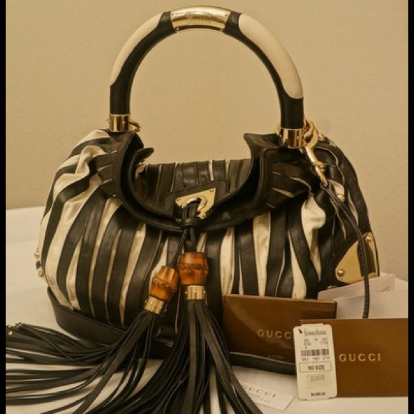 f0011df62 Gucci Bags | Sold Hobo Indy Bag Limited Edition | Poshmark