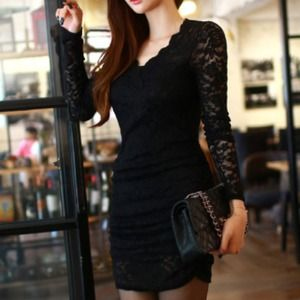 Dresses & Skirts - Black Lace V-Neck Long Sleeve Dress