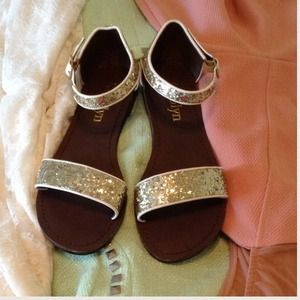 Shoes - NWT Sparkly Gold Sandals