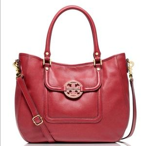 Tory Burch Amanda Hobo in Auburn