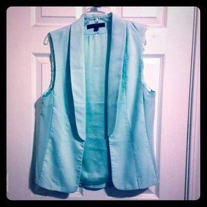 Light blue oversized vest in Large