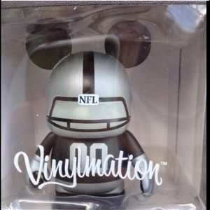 Disney Vinylmation NFL figure