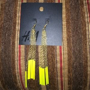 H&M dangling earrings