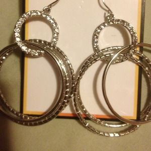 Jewelry - Hoop Dangling earrings