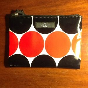 Kate Spade NY daycation mini pouch..