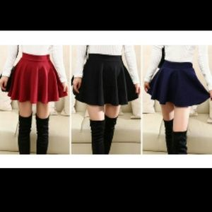 Chiffon Solid colored flared pleated skater skirt