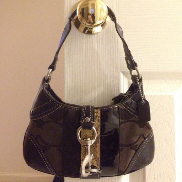 73 Off Coach Handbags Authentic Coach Purse