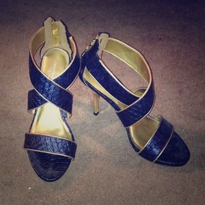 Christian Siriano Shoes - Christian Siriano Strappy Sandals heels 9.5
