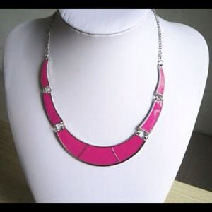Pink choker collar bib