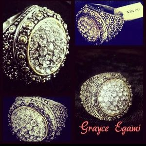 Jewelry - SOLD! A Swarvarski Crystal Nugget Ring!