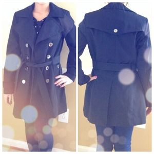 Gorgeous black trench coat