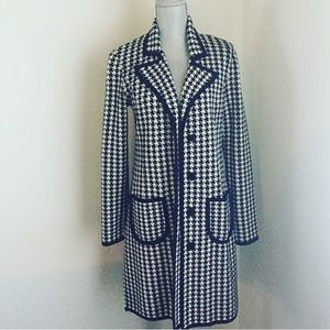Houndstooth sweater coat