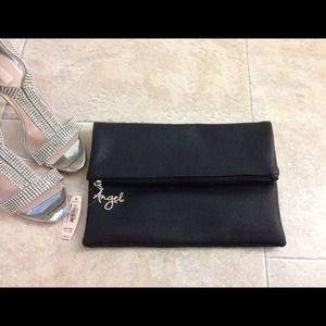 EASTER SALE 💗Victorias secret black clutch💕 💕