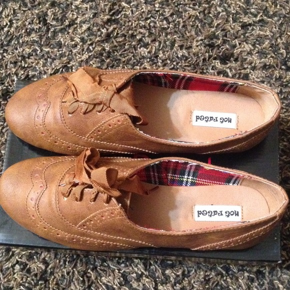 Not rated tan flat Oxford shoes size 7.5 1ec00ae3767f