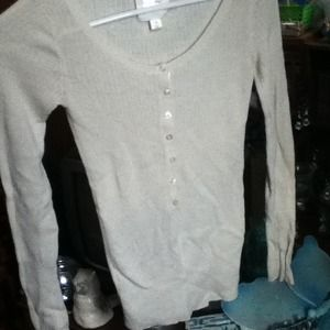 Old navy off-white sweater