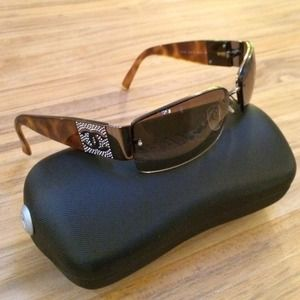 CHANEL Accessories - Tortoise chanel sunglasses