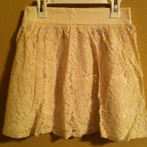 Skirts - ❗LAST ONE❗New Cream Flower Lace Skater Skirt 3