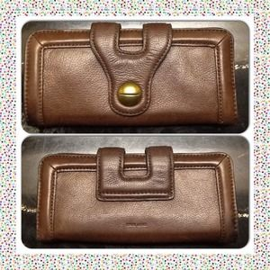 Handbags - 💫BROWN💫 leather wallet