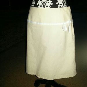 GAP Dresses & Skirts - Cute A-line skirt with bow ribbon