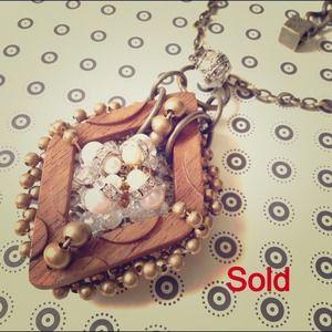 Pam Hiran wooden long necklace
