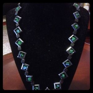 "Jewelry - 10"" diamond shape and green square glass necklace"