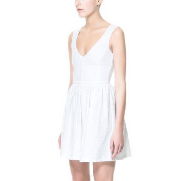 Zara White Tulip Dress Zara White Jacquard Dress