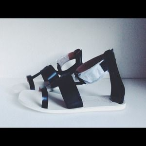 Jeffrey Campbell Shoes - Jeffrey Campbell Caspar Black and White Sandals