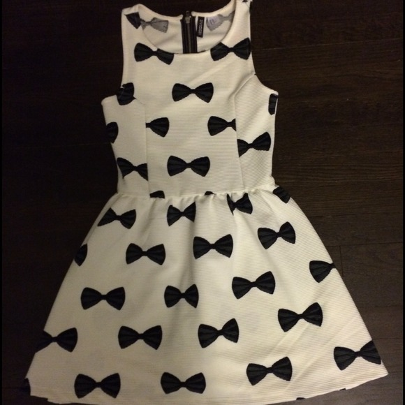 H&m Bow Black And White Dress