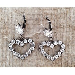 {Bundled} Betsey Johnson earrings