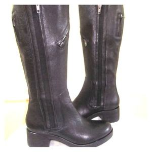 Amazing Vera Wang riding boots