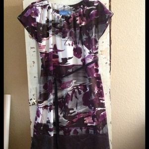 🎉HOST PICK🎉Vera Wang tunic dress