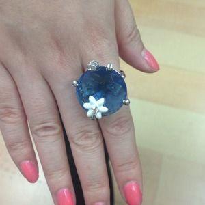 Jewelry - Fashion Ring.