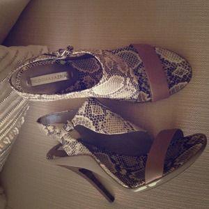 BCBG MAX AZRIA snake print sandal.