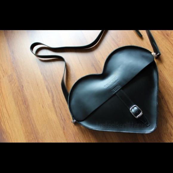 Outstanding Sold On Ebay Solddoc Marten Heart Bag New Nwt Theyellowbook Wood Chair Design Ideas Theyellowbookinfo