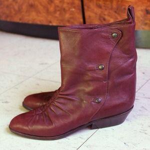 ❗️SALE❗️Vintage Burgundy Leather Boots