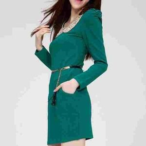 Dresses & Skirts - 🚫SOLD🚫Perfect Emerald Green Dress with Peterpan