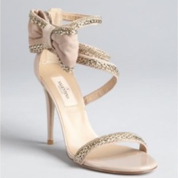 39% off Valentino Shoes - Valentino Garavani nude/blush heels w ...