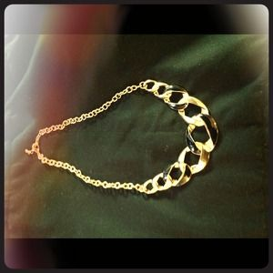 Gold and black chic necklace