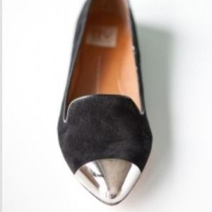 Dolce Vita Shoes - HOST PICK flash sale!  DV silver cap toe loafers