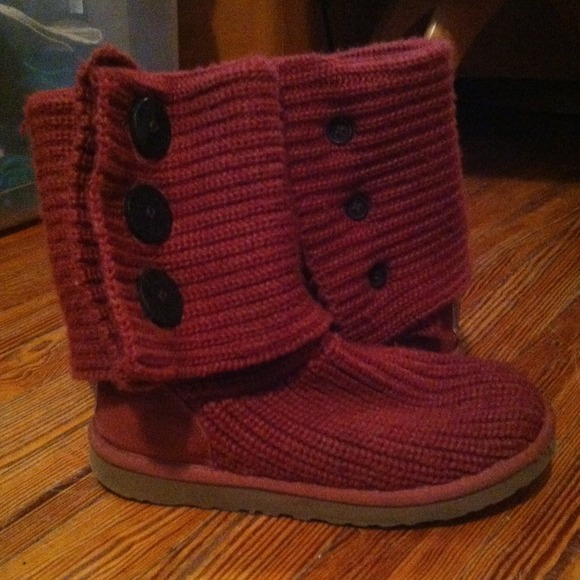aee623ea7dc Uggs Boots 5803 Maroon Sales | MIT Hillel