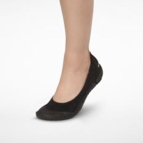 size 40 d9b24 727c0 BRAND NEW- Nike Ballet Flats- Black 🎀 NWT