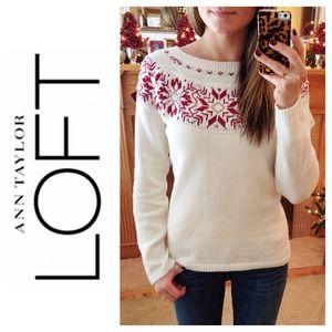 LOFT Sweaters - LOFT Bead & Sequin Snowflake Sweater
