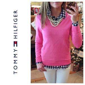 Tommy Hilfiger Sweaters - 💢SOLD💢 Tommy Hilfiger V-Neck Sweater