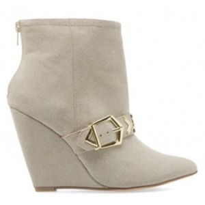 FAUX SUEDE BUCKLE WEDGE BOOT