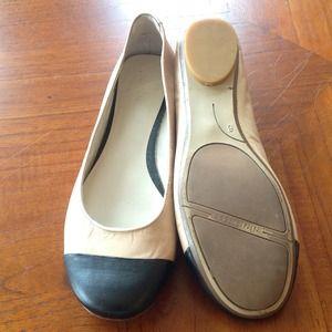 Nine West Shoes - ⬇️REDUCED. 9 West toe cap flats. Nude/black Sz 6.