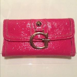 430945ec31 Guess Bags - 💋SOLD ON VINTED💋 Guess Patten Leather Wallet