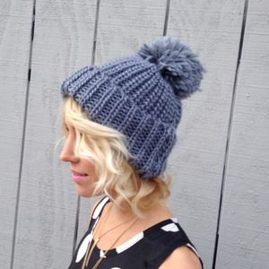 Accessories - Crochet hat big pompom