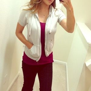 Cream Joies short sleeve hoodie