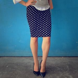 H&M Dresses & Skirts - Polka Dot Skirt